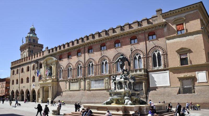 Il comune di Bologna acquista un complesso in via Tiarini da destinare al nuovo Centro per l'impiego