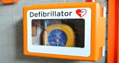 defibrillatore giornata dedicata alla prevenzione dell'infarto
