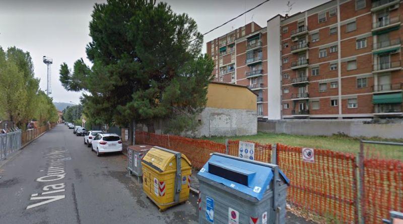 Via quirino di marzio a Bologna precipitati due bambini dall'ottavo piano