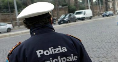 furto sul bus in centro a Bologna arrestate due donne bulgare