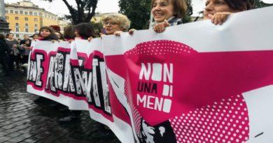 non una di meno organizza lo sciopero femminista l'8 marzo a Bologna