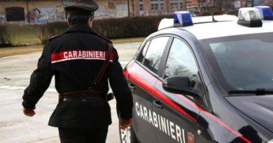 Minaccia due carabinieri all'Uffico pacchi di Imola, denunciato un 52enne italiano