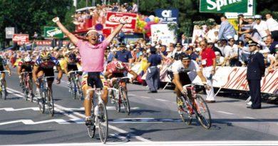 al via il Giro d'Italia da Bologna