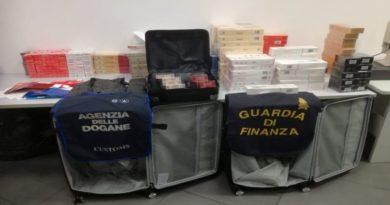 Portava a Bologna 200 stecche di sigarette cinesi di contrabbando