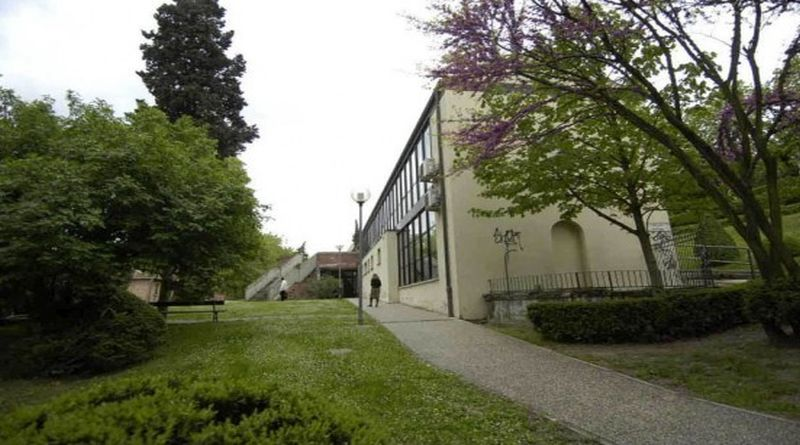biblioteca Tassinati in Saragozza