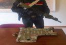 Al parco con mimetica e fucile (finto) provoca il panico, minorenne si scusa con i carabinieri