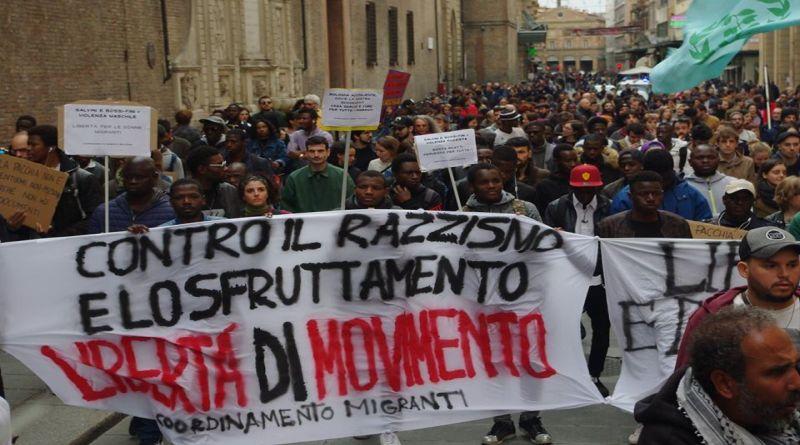 migranti manifestazione bologna