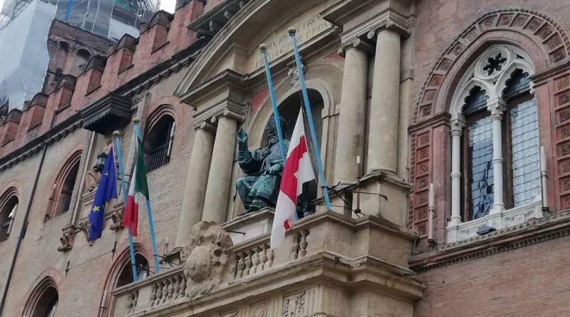 bandiere lutto coronavirus