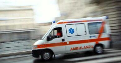 ambulanza bimbo neonato parto bologna