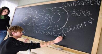 educazione sessuale laura bassi liceo bologna