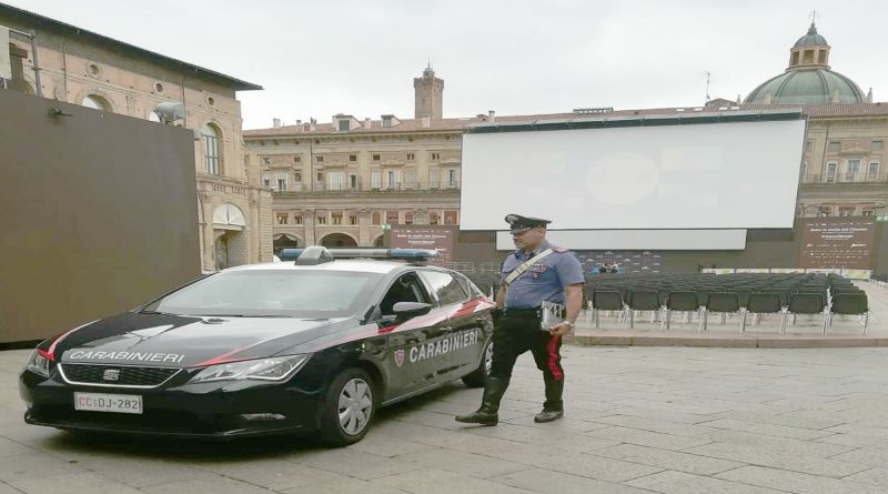 film porno maxi schermo in piazza maggiore