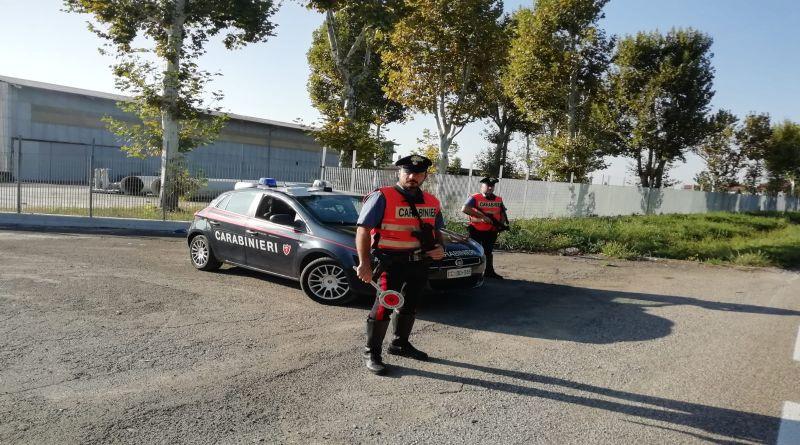 carabinieri interoporto furto vestiti bologna