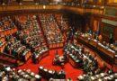 I motivi del No al referendum che taglia il numero dei parlamentari, a Bologna si scende in piazza