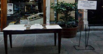 dehors bologna tavolini fuori via delle Moline si ribella
