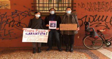 scuole genitori protesta tempo pieno garantino bologna genitori insegnanti docenti