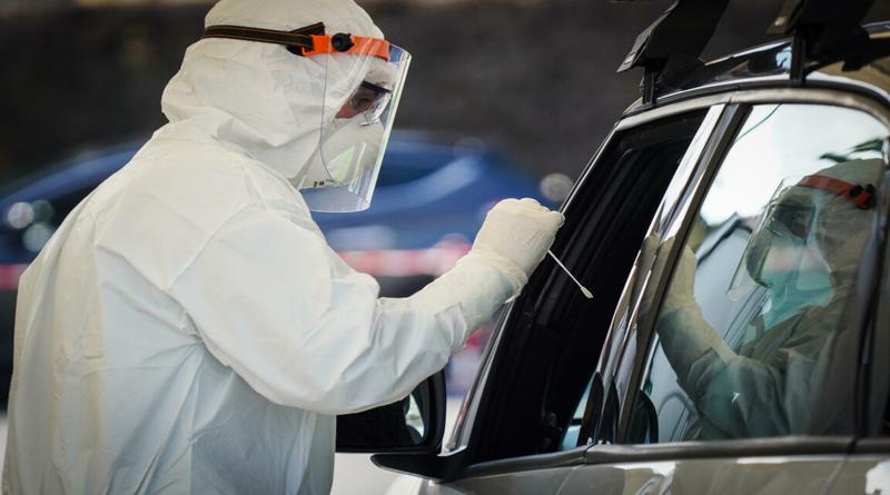 Coronavirus, tamponi senza scendere dall'auto: apre oggi un nuovo Drive-Through a Casalecchio di Reno
