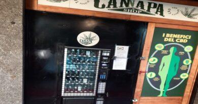 distributore canapa light bologna