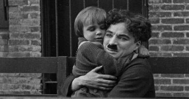 """Un secoloda """"IlMonello"""" di Charlie Chaplin, la Cineteca di Bologna lo ripropone online"""