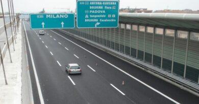 casalecchio ubriaco contromano in autostrada bologna