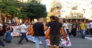 manifestazione artisti bologna accademia belle arti studenti studentesse pandemia