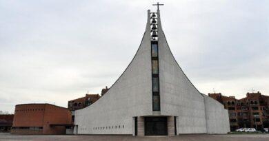 chiesa castel maggiore focolaio bologna fedeli messa aperte