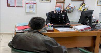Vaccino, in Emilia-Romagna chi vuole aiuto a compilare la prenotazione può farsi aiutare dai carabinieri
