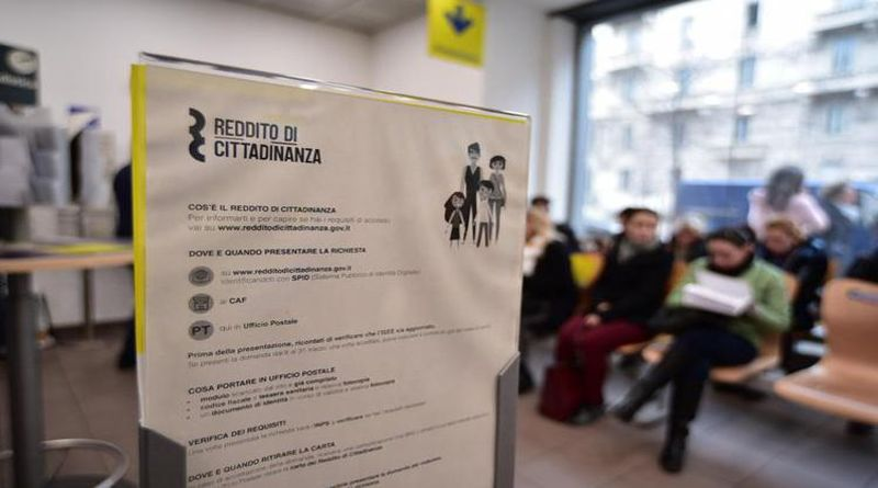 Ottenevano il Reddito di cittadinanza italiana ma vivevano all'estero, denunciate 24 persone
