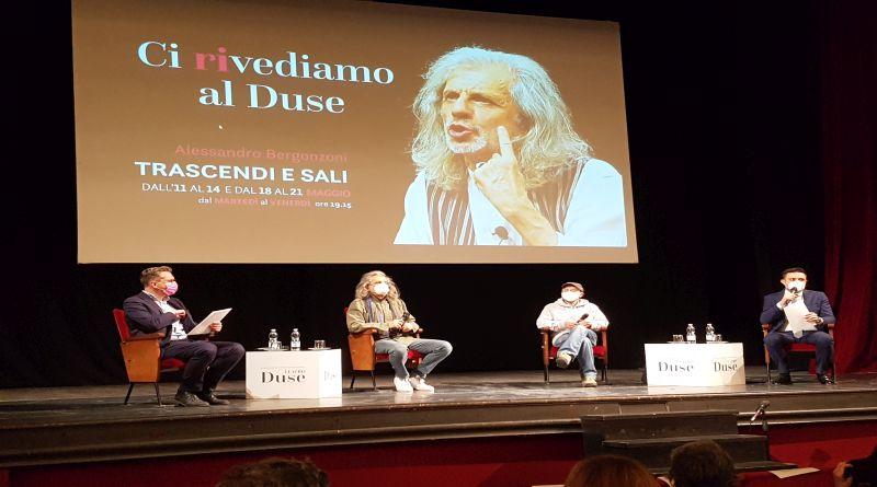 Riapre il sipario del Teatro Duse con uno spettacolo di Alessandro Bergonzoni