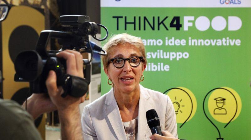 Sostenibilità e innovazione, assegnati i premi Think4Food e Vitamina C Digital