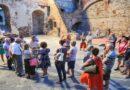 Studenti e volontari improvvisati dal FAI come guide turistiche, «Inopportuno e offensivo»