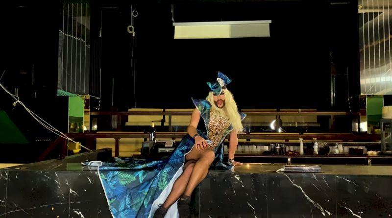 """""""Your disconeedsyou"""", il video della drag queen Luquisha Lubamba lancia l'allarme sulla crisi delle discoteche"""