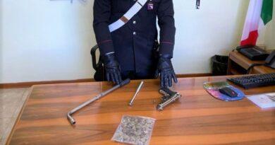 Picchia un giovane straniero per affari di droga, denunciato 33enne a Medicina vicino Bologna