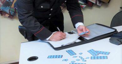 Spacciava cocaina e Viagra, denunciato un 46enne a Bentivoglio