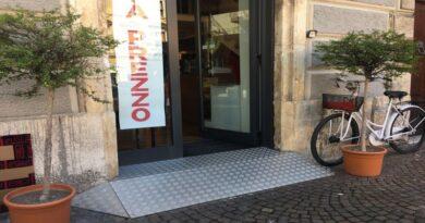 bologna 100 mila euro per i negozi che rimuovono le barriere architettoniche
