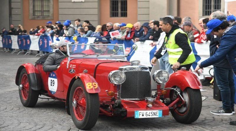 Corsa storica Mille Miglia in centro a Bologna, chiusura del traffico e deviazioni autobus