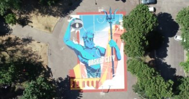 A Bolognala seconda tappa del torneo internazionale di basket 3 contro 3Red Bull Half Court