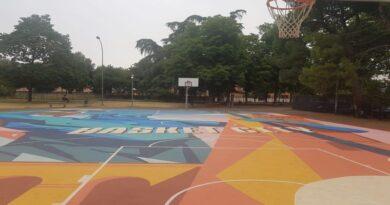 bologna Campo di basket playground dei Giardini Fava si è rifatto il look, oggi si inaugura
