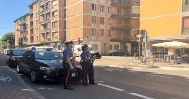 Spaccio in via Ranzani, arrestato un agente immobiliare e altri due pusher