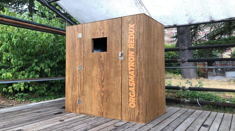 A Bologna una scatola dell'orgasmo, un'opera artistica per provare piacere