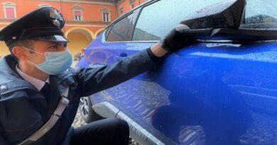 Rigava le auto fuori dalle strisce, denunciato giustiziere del parcheggio selvaggio bologna porretta terme